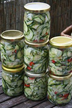 MojeTworyPrzetwory: Sałatka z cukini na zimę Polish Recipes, Canning Recipes, Preserves, Pickles, Cucumber, Salads, Food And Drink, Yummy Food, Healthy Recipes