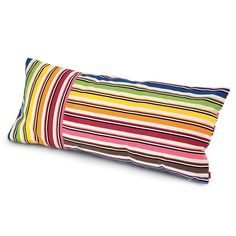 This Rainbow outdoor cushion from Missoni Home features a bold rainbow stripe design with white breaks, (may vary slightly from image due to cut of fabric). Made from 100% acrylic with an outdoor s...