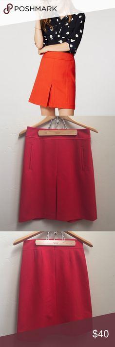 Ann Taylor LOFT Red Skirt🍁 Fantastic red skirt by Ann Taylor LOFT. Size 2. LOFT Skirts