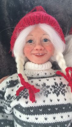 Super Sculpie, by Gerd Asphaug Christmas Gnome, Gnomes, Winter Hats, Crochet Hats, Crocheted Hats