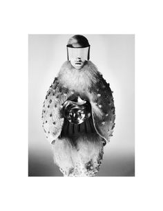 Suvi Koponen for Alexander McQueen Fall/Winter 2012 campaign David Sims David Sims, Space Fashion, Fashion Art, Fashion Models, Fashion Design, Fashion Images, Fashion Pictures, Dark Fashion, White Fashion