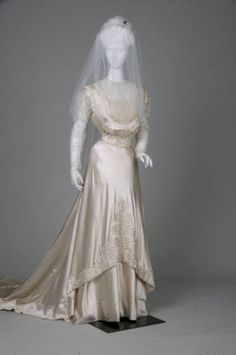 Vintage Wedding Gowns On Pinterest