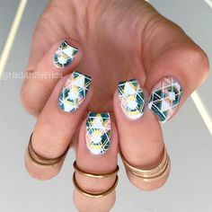Stamping Template Geometry Design Manicure Nail Art review from bornprettystore.com customer