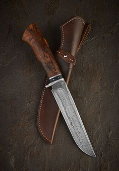 fine survival knife, damascus blade