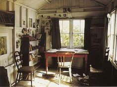 The writing shed of Dylan Thomas.