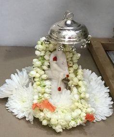 Sai Baba Pictures, God Pictures, Lord Vishnu, Lord Shiva, Black Aesthetic Wallpaper, Aesthetic Wallpapers, Sai Baba Quotes, Sai Baba Wallpapers, Sathya Sai Baba