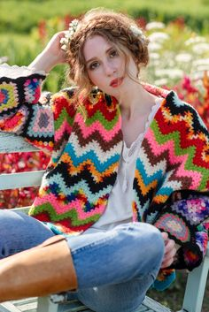 V-Stitch Ripple, variegated yarn. Crochet Wool, Freeform Crochet, Thread Crochet, Crochet Shawl, Crochet Trim, Crochet Beach Dress, Crochet Girls, Crochet Cardigan Pattern, Crochet Jacket