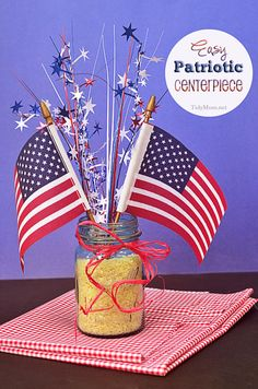 Make an easy DIY rice filled jar for a Memorial day or of July Patriotic Centerpiece. A patriotic project the kids can help with. Patriotic Crafts, Patriotic Party, July Crafts, Holiday Crafts, Holiday Fun, Holiday Ideas, Festive, 4th Of July Celebration, 4th Of July Party