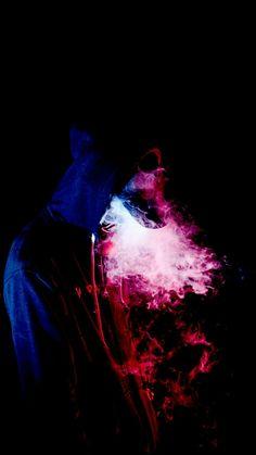 Creative use of smoke, light and shadow Smoke Wallpaper, Phone Screen Wallpaper, Cellphone Wallpaper, Dope Wallpapers, Cool Wallpapers For Phones, Smoke Bomb Photography, Urban Photography, Vape, Smoke Mask