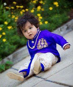 Kids Indian Wear, Kids Ethnic Wear, Toddler Boy Outfits, Kids Outfits, Baby Boy Dress, Baby Dresses, Kids Dress Collection, Kids Blouse Designs, Kurta Designs