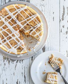 Gooey Cinnamon Roll Cheesecake