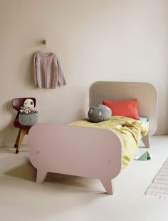 Kellie Smits + Buisjes & Beugels Launch 2 New Beds & Bed Linen by Kenziepoo, Cama Junior, Junior Bed, Girl Room, Girls Bedroom, Deco Kids, Green Bedding, Childrens Beds, New Beds, Cool Beds