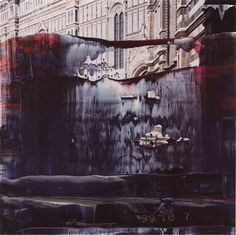 Gerhard Richter's overpainted photograph '10 January 2000 (Florence)' (2000, taken in July 1999) gives a vague impression of the south façade (passage nave – crossing) of the Cathedral in Florence.