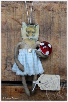Nostalgische Wattefigur Fuchs Halali Vintage style spun cotton fox ornament von FilASophie All Things Christmas, Christmas Ideas, Christmas Ornaments, Whimsical Christmas, Vintage Christmas, Paper Dolls, Art Dolls, Shabby Chic Crafts, Paperclay