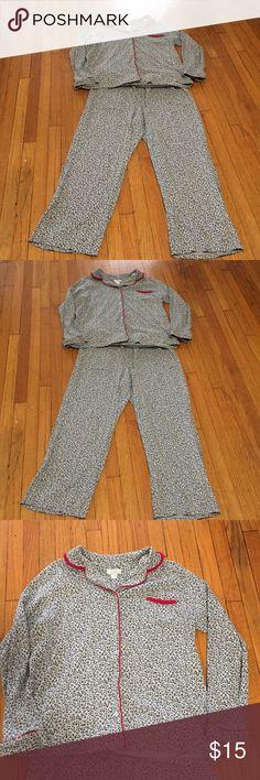 Celestial DREAMS Nice women pajamas 2 pieces Celestial DREAMS Intimates & Sleepwear Pajamas
