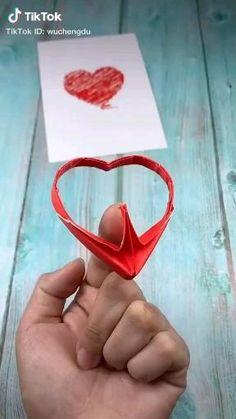 Diy Crafts Hacks, Diy Crafts For Gifts, Diy Home Crafts, Creative Crafts, Crafts To Make, Fun Crafts, Plane Crafts, Paper Crafts Origami, Paper Crafts For Kids