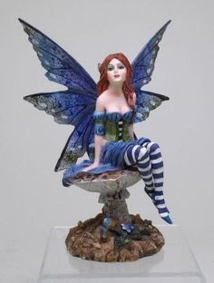 "Amy Brown Design Fantasy Bottom of The Garden Fairy Figurine Statue 6.25"" Tall"