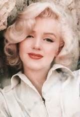rare shot of Marilyn Monroe with