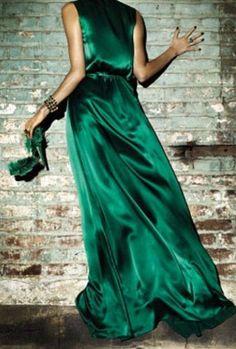 Gotta love an emerald dress :)