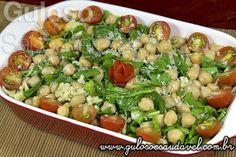 #BomDia! Olha esta delicia de dica para o #almoço... HUUMM, é a nutritiva e simples Salada de Grão-de-bico com Rúcula!  #Receita aqui=> http://www.gulosoesaudavel.com.br/2013/10/22/salada-grao-bico-rucula/
