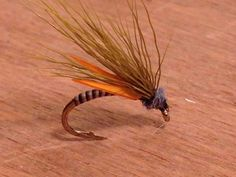 I really like this biot emerger from Mark Angus (Perth). I would like to tie this with white biots & dark cul de canard instead of hair.