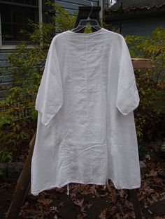 Barclay Linen Pull Up Thostle Dress White Size 1 - BlueFishFinder