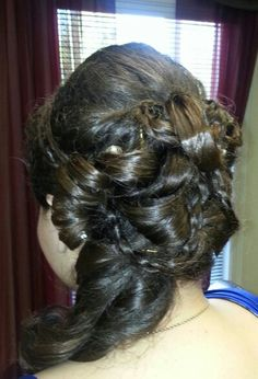 Fabulous prom Up Do i did