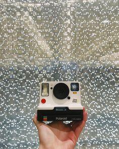 Light us up   Polaroid OneStep 2 Polaroid Original, Instant Camera, Polaroid  Camera, 4a69e019e3