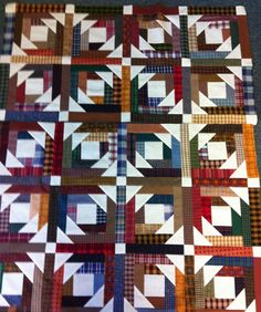 Linda's Quiltmania: Sorrento Retreat.  Pineapple Blossom pattern from www.quiltville.com