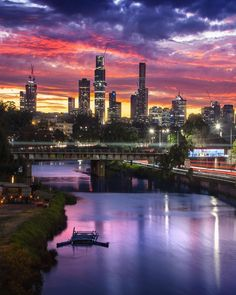 Melbourne Skyline, Melbourne Art, Melbourne Australia, Melbourne Laneways, Alpine Village, Melbourne Victoria, Like A Local, Spring Day, Night Life