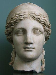 Curly, half up half down Ancient Greek Sculpture, Greek Statues, Ancient Greek Art, Ancient Greece, Sculpture Head, Roman Sculpture, Helen Greek Mythology, Greek Drawing, Stone Statues