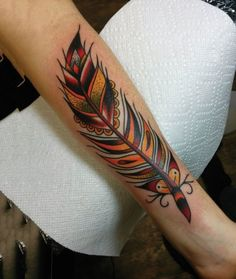 tatouage Plume New-School