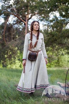 Robe viking en lin naturel «Eydis la Skjaldmö»
