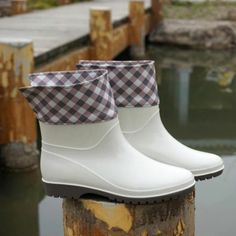 Swallow Grid Wellies Flat White Boots Spring Autumn Womens Booties Ankle Comfortable Stylish Wading Graceful Lady Foldable