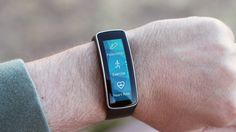 Review: Samsung Gear Fit By Will Shanklin April 14, 2014 Pedometer, Exercise, and Heart Rate are three of the Gear Fit's key apps