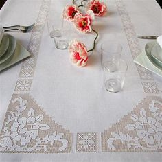 Lace kitchen set tablecloth models - Diy and Crafts Filet Crochet, Crochet Motifs, Crochet Cross, Crochet Chart, Crochet Home, Thread Crochet, Crochet Doilies, Knit Crochet, Crotchet