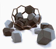 Diseño, tendencias, creatividad e innovación - loveDESIGNnews: QUARTZ un sillón inspirado en la geometría de las formaciones de cuarzo http://www.lovedesignnews.com/2014/08/quartz-un-sillon-inspirado-en-la.html