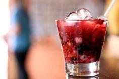 Caipirinha selvagem (ou catupirinha)   10 drinks poderosos feitos com catuaba que não doem no bolso