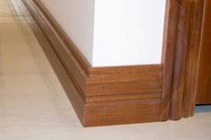 Baseboard Styles – When you lay wall versus a wall surface and see voids between the top of the trim as well as the drywall, it's typically due to a misaligned stud or a built-up ridge … Baseboard Styles, Baseboard Molding, Wainscoting Styles, Baseboard Ideas, Moulding, Crown Moldings, White Baseboards, Modern Baseboards, Decorating Blogs
