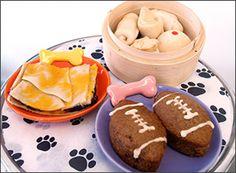 Hawaii Doggie Bakery opens Manoa store | Lei Chic  #hawaii #honolulu #dogfood #bakery #dogs