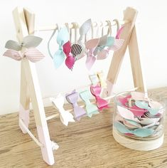 Accessory Rack (with Clip Bars) – headbands, necklaces, display & more Headband , bow & Hair Clip Storage- for the bow addicts! Please note- this listing is for the Accessory Rack with Clip Bars Our wooden Accessory Racks are not only super pretty- they'r Hair Clip Storage, Hair Accessories Storage, Accessories Display, Baby Accessories, Headband Display, Hair Bow Display, Baby Headband Storage, Market Stall Display, Deco Baby Shower