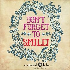 A smile is the prettiest thing you can wear! Enjoy Quotes, Quotes To Live By, Best Quotes, Nice Quotes, Positive Phrases, Positive Quotes, Positive Life, Natural Life Quotes, Friendship Thoughts