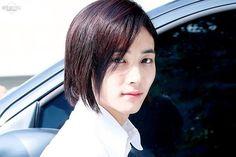 [160527] ➼ Music Bank © Into My Eyes ㅡ 『#예쁘다 #세븐틴 #seventeen #svt #정한 #jeonghan #junghan #윤정한 #yoonjeonghan #yoonjunghan #pledis17 #saythename17』