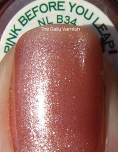 OPI Pink Before You Leap MACRO