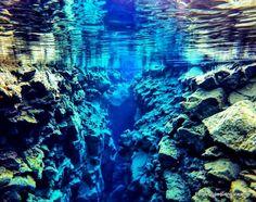 Snorkeling na Fissura Silfra - como é mergulhar entre as placas tectônicas de 2 continentes com a Adventure Vikings na Islândia
