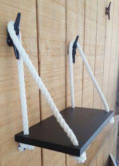 "15 ""Swing Rope Shelf / Nautical Nursery / Nautical Organization / Beach house Decor / Cottage Decor - Home Decor Beach Cottage Style, Beach House Decor, Diy Home Decor, Diy Ideas For Home, Beach House Lighting, Boat Decor, Bathroom Lighting, Craft Ideas, Deco Marine"