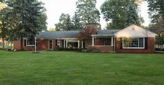 $144,900, 3 beds, 1.5 baths, 1648 sq ft - Contact Tina Whitman, Key Realty One, 734-497-6787 for more information.