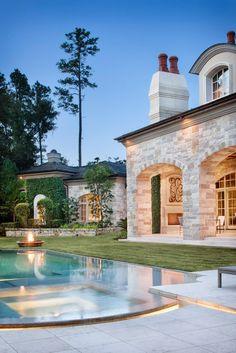 floeme:  elegance-express  Spanish Villa