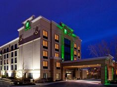 Ann Arbor (MI) Holiday Inn Hotel & Suites Ann Arbor University of Michigan Area United States, North America The 3-star Holiday Inn Hotel & Suites Ann Arbor University of offers comfort and convenience whether you're on business or holiday in Ann Arbor (MI). The hotel has everything you need for a comfortable stay. Take advantage of the hotel's free Wi-Fi in all rooms, 24-hour front desk, facilities for disabled guests, meeting facilities, business center. Each guestroom is el...
