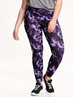 Patterned Compression Plus-Size Leggings Product Image